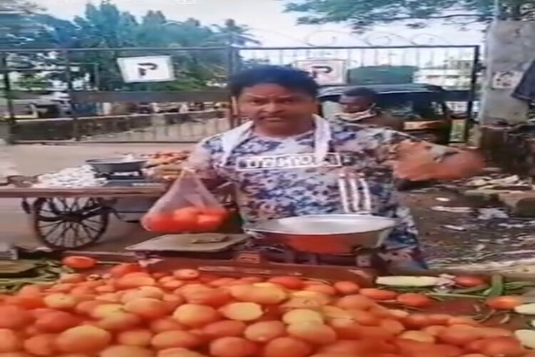 Know why Javed Haider started selling vegetables in lockdown, this statement on viral video