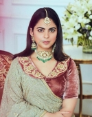 Isha Ambani repeats her jewellery and we are in awe  Styled by celebrity st