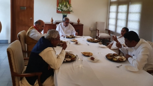 Amit Shah, Mamata Banerjee At Naveen Patnaik's Dining Table