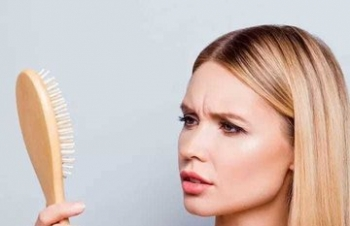 Are you losing your hair day by bay? Here is Reason why that cause hair loss in women.