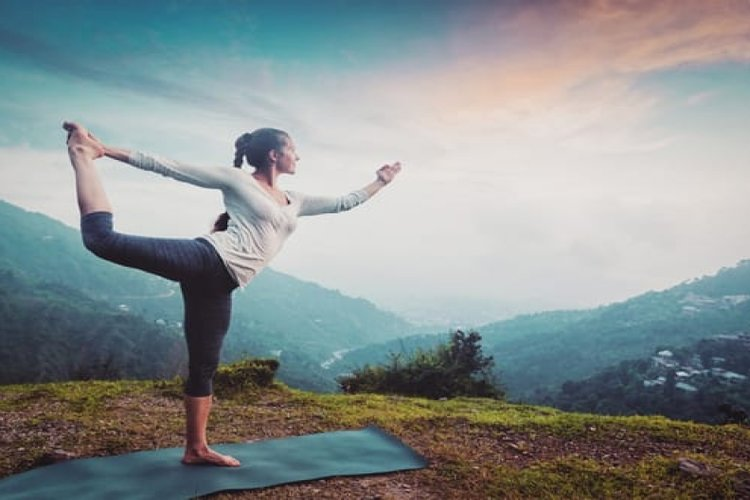On International Yoga Day 2020: Practice these evening yoga poses which will make you relax