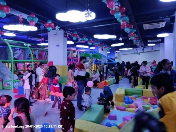 <b>Glimpses of Christmas Celebration</b>  <b>Special Discount for Birthday Party </b>  Contact : +91