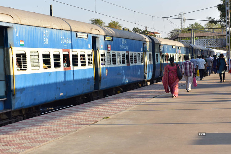 Railway ministry to run Sharmik Special trains from district in the country