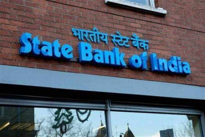 Experts suggest selling SBI Card shares now, and buying after dust settles