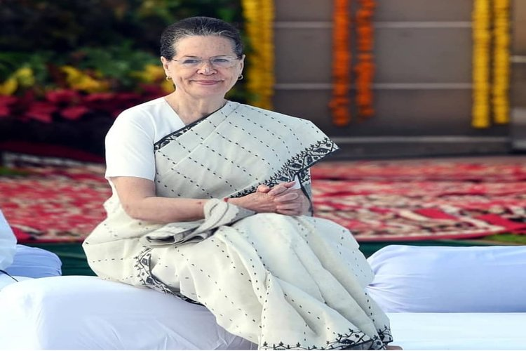 Sonia Gandhi: Opposition parties launch a scathing attack on Central government in PM absence
