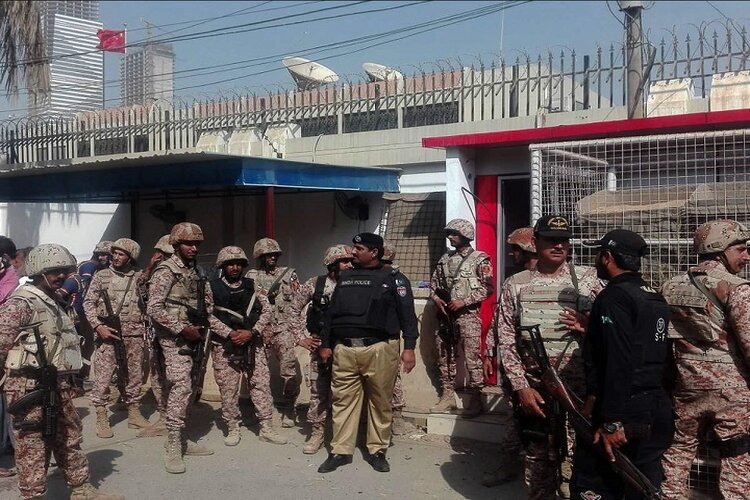 Pakistan: Big attack on Karachi Stock Exchange, 4 terrorists killed, encounter continues