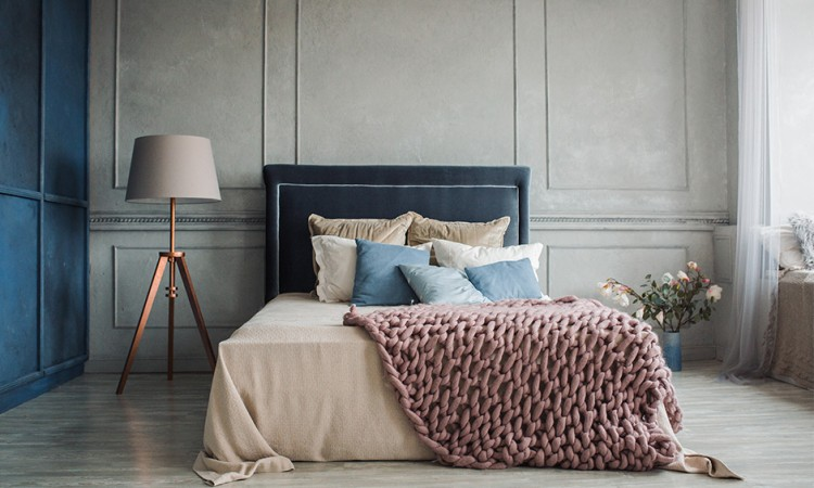 Add these 5 essentials to your room to give it a much more cozy vibe