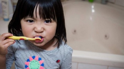 Take care of the Dental Health of your children : Pay attention to these signs related to oral hygiene