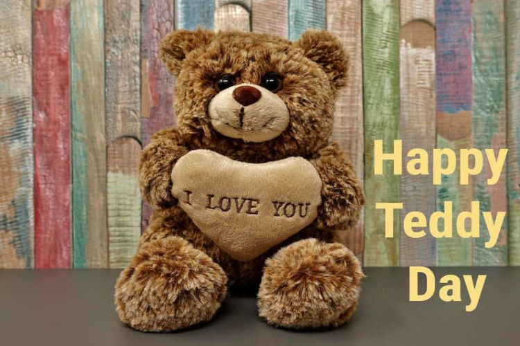 Don't wish to gift a traditional Teddy, this Teddy day ? Here are some gift ideas for Teddy Day 2021
