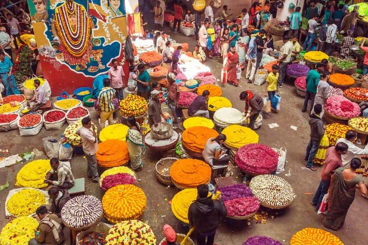 These 5 markets are the most unusual and  should definitely be on your Bucket List